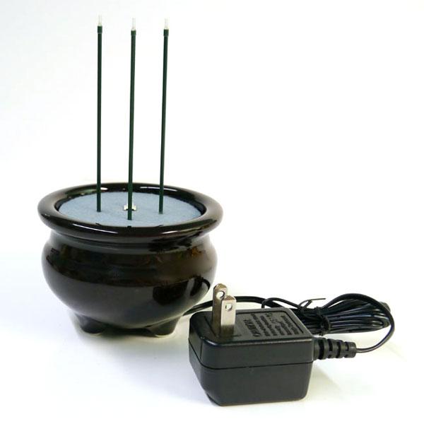 プッシュスイッチを押してON OFFするだけで点灯します火を使わず安全に 毎日お仏壇にお参りできます 電池式仏具 サンやすらぎ2.5寸 ACタイプ ACアダプター仕様 春の新作シューズ満載 茶色 電子線香 安心線香 香呂 店頭受取対応商品 茶香炉 サンブライトロン 便利 火を使わない線香 線香立て 電子の炎で安全 贈り物