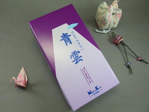 けむりの少ないお線香。ソフトで上品なフローラル調の香り「青雲バイオレット」のバラ詰です。 青雲バイオレット 日本香堂 線香 店頭受取対応商品