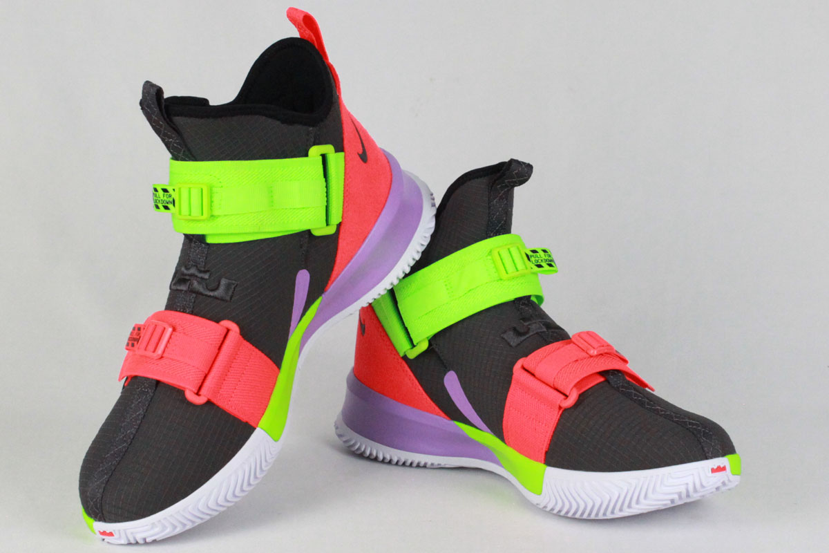 brand new e96a3 1fbe9 Nike NIKE basketball shoes LEBRON SOLDIER XIII SFG EP Revlon soldier 13 SFG  EP (THUNDER GREY/THUNDER GREY-BRIGHT CRIMSON-ELECTRIC GREEN)