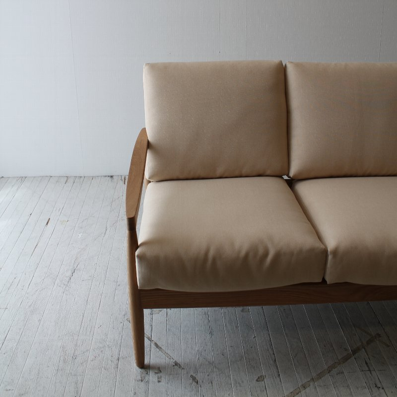 北欧家具 ダイニングソファ 2p 清潔で気持ちよく、お部屋を明るく広く見せる2人用ソファ