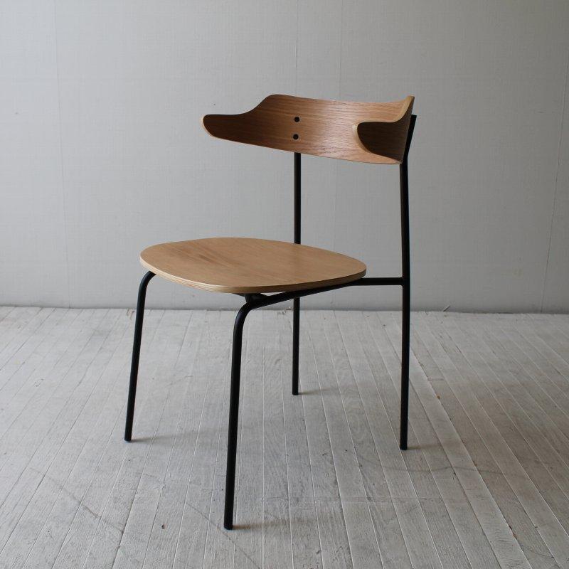 イス チェア 木製おしゃれ オシャレ 椅子 北欧 デザイン モダン 格安店 ナチュラル シンプル 長く愛用 着後レビューで 専門店 板座 ウォールナット 5%OFF 北欧家具 オークとアイアンのスタッキングチェア カフェ風 木 ダイニングチェアNRT-C-501352 クーポンGET