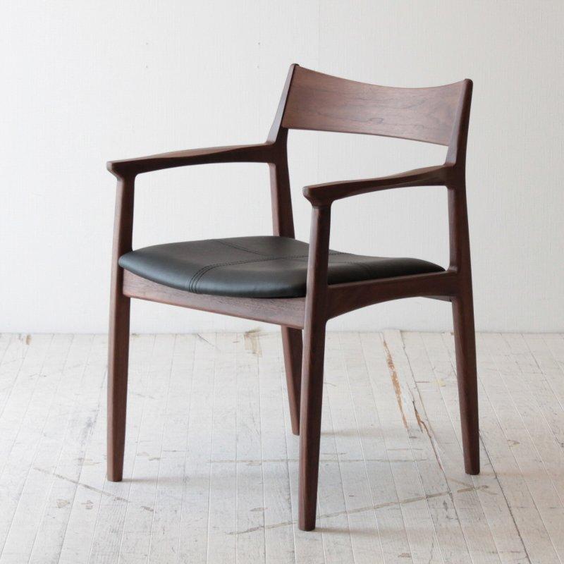 北欧家具 ダイニングチェア 無垢 木製 椅子 いす イス 木脚 天然木 クッション 椅子 チェア イス 肘掛付き NRT-C-665