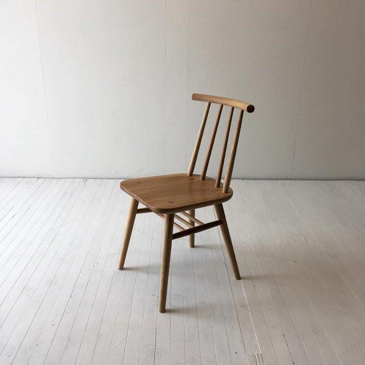 北欧家具 ダイニングチェア インテリア 無垢材 ギフトにもちょうどいい緩やかなカーブで優しい座り心地のチェア
