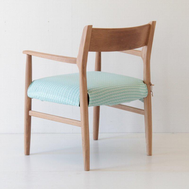 【北欧】北欧家具 椅子 北欧生地 着替えできるチェア ダイニングアームチェア カバーリング オーク 鹿