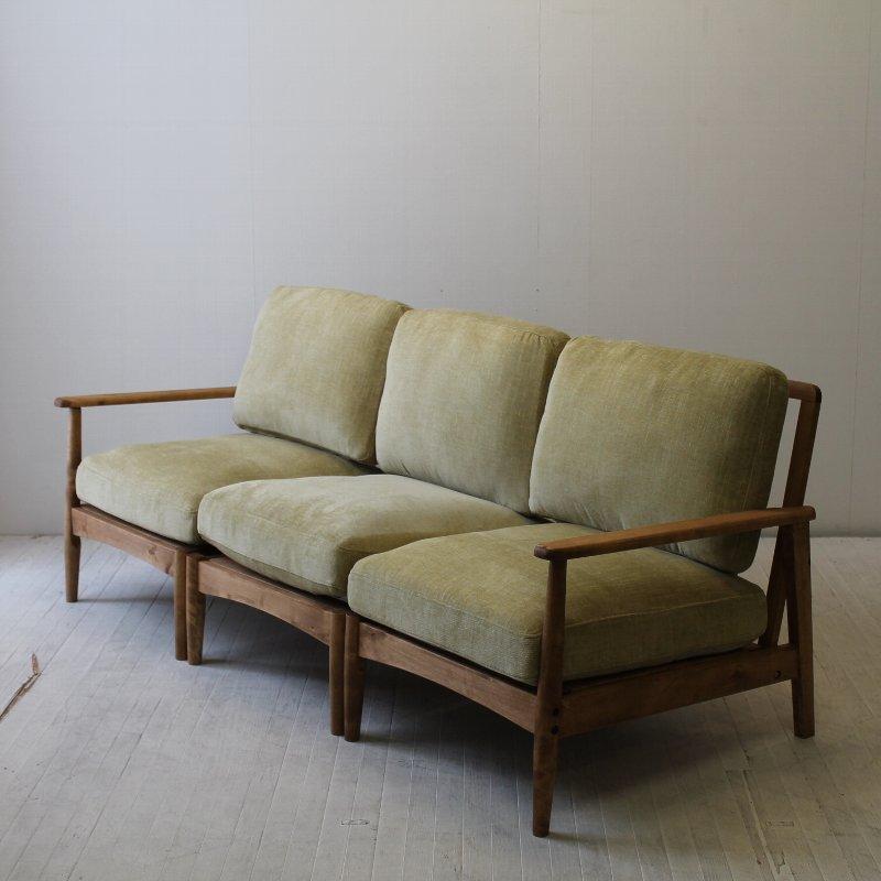 北欧家具 ダイニングソファ 無垢材 和にも洋にもマッチするデザインの3Pソファ。NRT-S-6333P 3Pサイズ