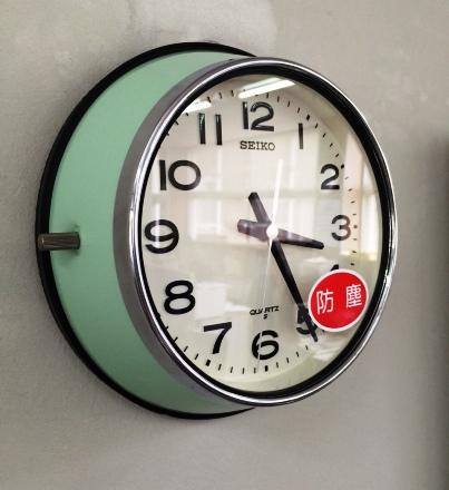 【送料無料】【あす楽】SEIKOセイコークロックKS474M 防塵型レトロチックなデザイン掛時計 船舶時計 バス時計防塵型ガレージ仕事場工場内に【あす楽対応_九州_四国_中国_近畿】