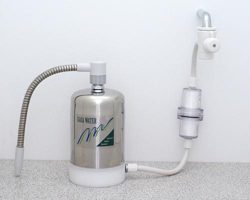 浄水器 ガイアウォーター GAIA WATER M-8 AF-1卓上1WAYフロントフィルター付き ミネラルウォーター 塩素 除去 トリハロメタン