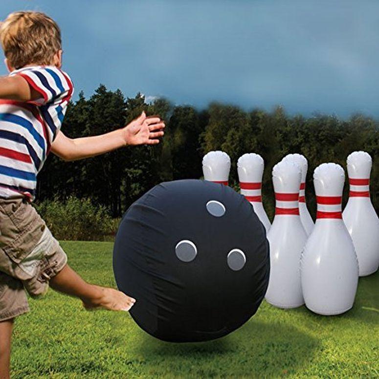 Etna Giant Inflatable Bowling Set 送料無料 【並行輸入品】