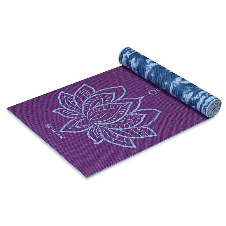 Gaiam ガイアム プリント ヨガ マット 5mm Purple Lotus リバーシブル レディース 海外ブランド ピラティス フィットネス 送料無料 【並行輸入品】
