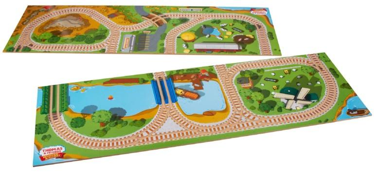 トーマス 木製レール きかんしゃ 2イン1 プレイボード Fisher-Price Thomas & Friends Wooden 2-in-1 Playboard 送料無料 【並行輸入品】