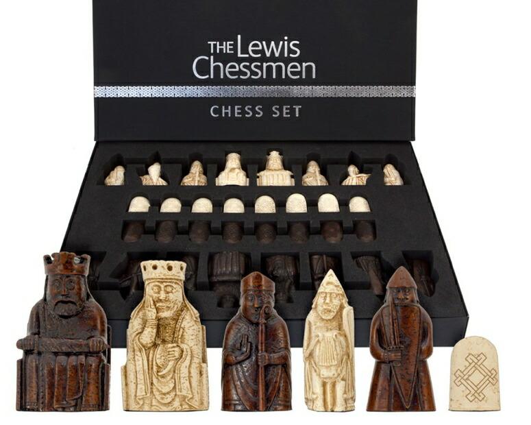 チェスセット ギフト ルイス島のチェスマン National Museum Scotland The Isle Of Lewis Chessmen The Official Set 送料無料 【並行輸入品】
