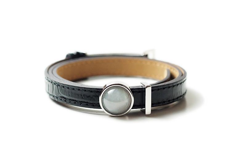 【送料無料】JOYTEC オリジナルブレスレット『feel』(新色ブラック革×アイシーホワイト翡翠×シルバーカラー/サイズS~L対応)【Natural Jadeite and Real Leather Bracelet】