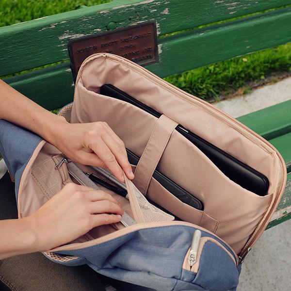 【今なら送料無料!】moshiVenturo(ベンチュロ)スタンダードモデルMacBookPro15インチ対応バッグ【あす楽対応】【送料無料】【PCバッグ】【ビジネス】【通学】【高校生】【メンズ】【レディース】【ギフト】【プレゼント】