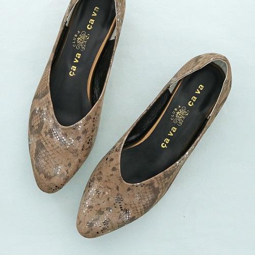 cavacava サヴァサヴァ 靴 シューズ レディース パンプス 送料無料 ローヒール Vカット CA1320225 24cm