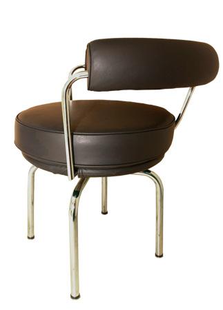 LC7 回転椅子 A チェア選べる革カラー  おしゃれなインテリアの作り方 アウトドアリビングが気持ちいい