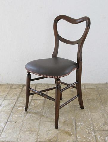 椅子 イス いす チェア チェアー 木製 アンティーク調 ダイニング デザイン おしゃれ カントリー パイン材 新生活 インテリア 家具 完成ダイニングチェア オーク ミニバルーンチェア (革張り)0035-ch-JG467