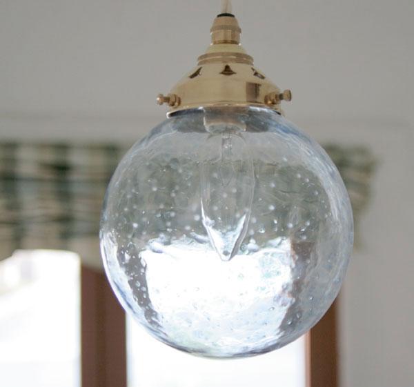 【送料無料】日本製 ペンダントライト 国内生産 モダンリビング ランプシェード アンティーク レトロ プレゼント お祝 贈り物 新築国産ガラスペンダントライトセット 0028アワブルー 電球1灯付属 オプションギャラリー 15monoLED電球対応0515-li-0028bl-a