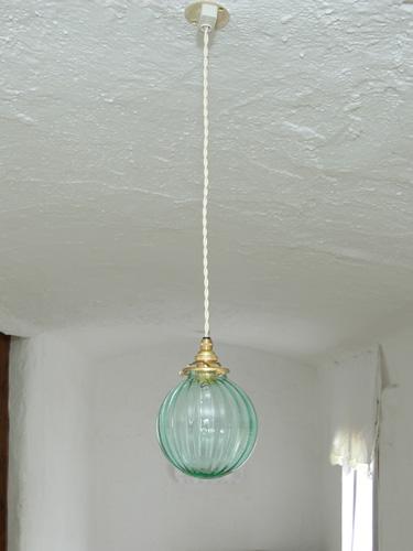 【送料無料】日本製 吹きガラス ペンダントライト ロマンチック モダンリビング ランプシェード アンティーク レトロ おしゃれ プレゼントガラスシェード 国産ガラスペンダントライトセット 0028シーグリーン 電球1灯付属 15mono LED電球対応0515-li-0028s-m