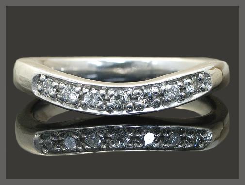 【送料無料】ダイヤモンド Vライン ピンキー リングK18 3色 ダイヤモンドリング ピンキーリング
