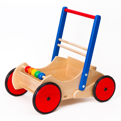 BorneLund (bornelund)。 1 岁男子: · 安格学步车 1 岁女子巴约