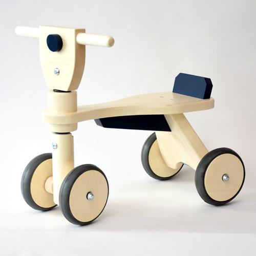 レディーバード社 乗用玩具 木製四輪車 キッズウォーカー 青 木のおもちゃ 出産祝い お誕生日 1歳:男 お誕生日 1歳:女【kd】