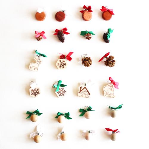 橡木村庄和橡树乡村音乐盒树娇小 (自然) 轨道: we-wish-you-a-Merry-Christmas 有限数量