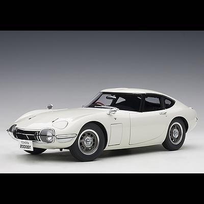 20世紀の日本が生んだトヨタの名車 AUTOart 価格交渉OK送料無料 オートアート TOYOTA 販売 2000GT 78753 1 18