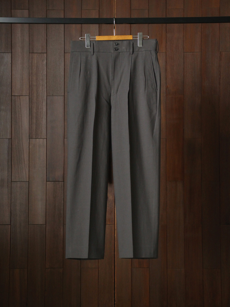 MARKAWARE DOUBLE PLEATED TROUSERS #CHARCOAL