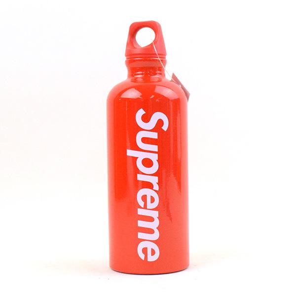 【中古】Supreme シュプリーム 18SS SIGG Traveller 0.6L Water Bottle ブランド レッド