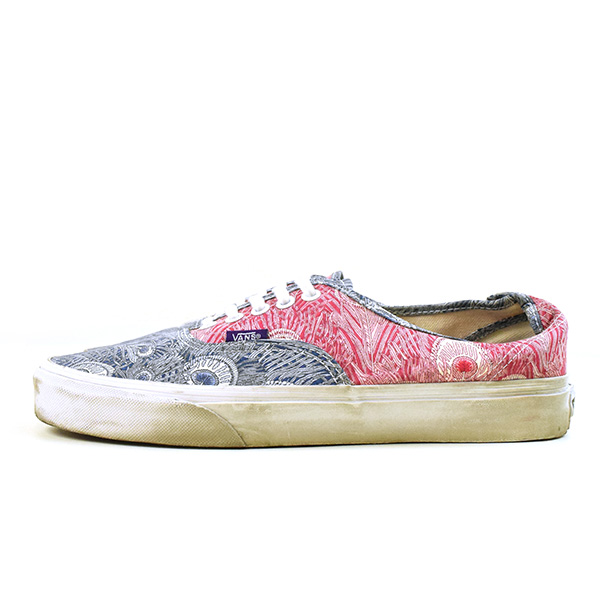 8c016ac352 VANS station wagons AUTHENTIC LIBERTY Peacock sneakers men red X blue US9  (around 27cm)