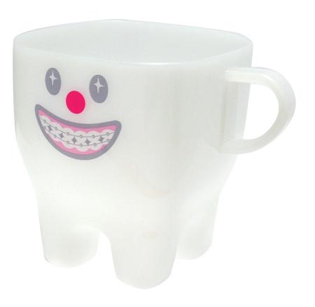 プラカップ・かわいいプラスチックコップ、お弁当や歯磨きに使えるプラスチック カップ(プラスチック コップ)です。幼稚園や保育園キッズの子供用コップにも!通園グッズ プラカップ ティース 矯正(Plastic Cup Tooth good)GLADEE(グラディー)かわいいプラスチックコップ!ランチのお弁当や歯磨きコップに最適!幼稚園や保育園キッズの子供用コップにも!プラスチックコップ/プラスチックカップ 通園グッズ 割れない食器