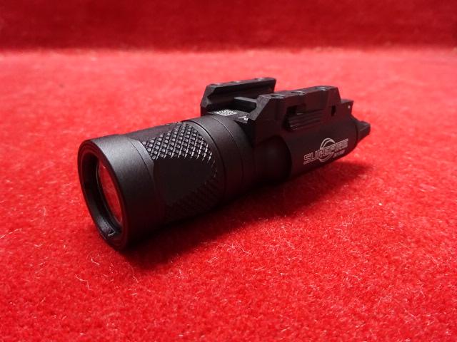 SUREFIRE X300Vタイプ LEDフラッシュライト(200)
