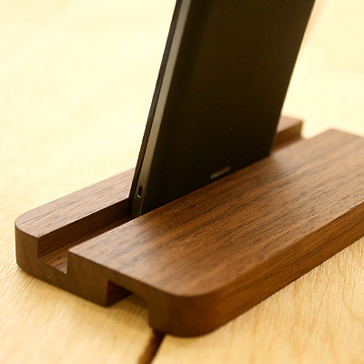 """♦ at the dock! On the desktop, place! Xperia AX SO-01E for Smartphone stand made of wood """"SmartPhone Stand for Xperia (TM) AX SO-01E"""" / Scandinavian design"""