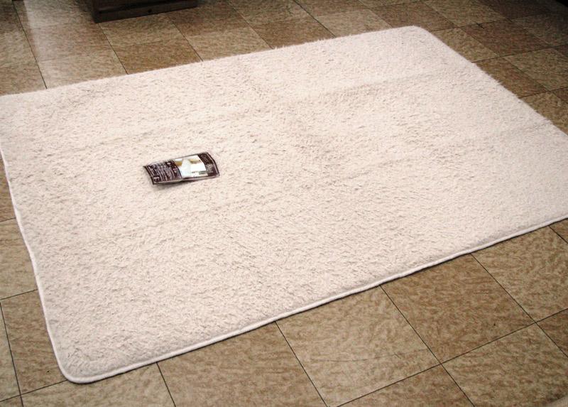 ラグカーペット シャギー 中敷き 折り畳み 200x250cm 長方形 毛足長 30mm ホイップ ふわふわパイル ベージュ