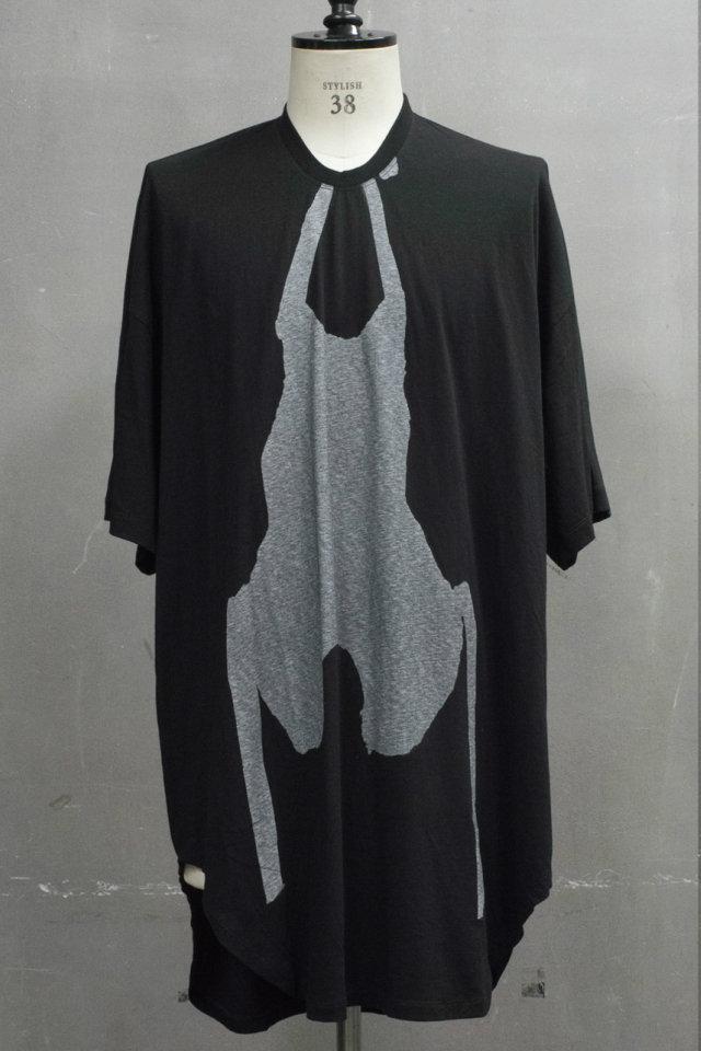 メンズ JULIUS ユリウス 697CPM1 PRINT S/S T-SHIRT プリントショートスリーブTシャツ [BLACK] 正規通販 1月入荷予定