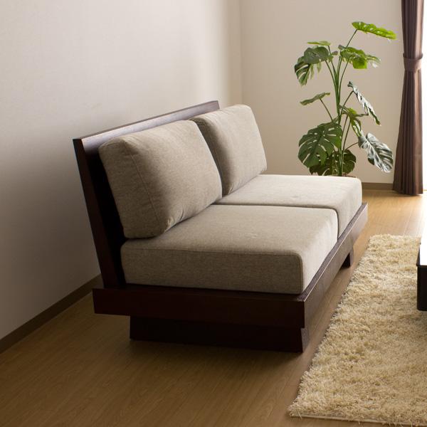 两个沙发赊帐/Hida