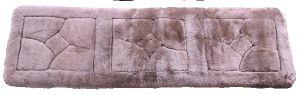 【メーカー直送・大感謝価格 】ムートン クッション AMU1L14 (ロングサイズ) 約45×145