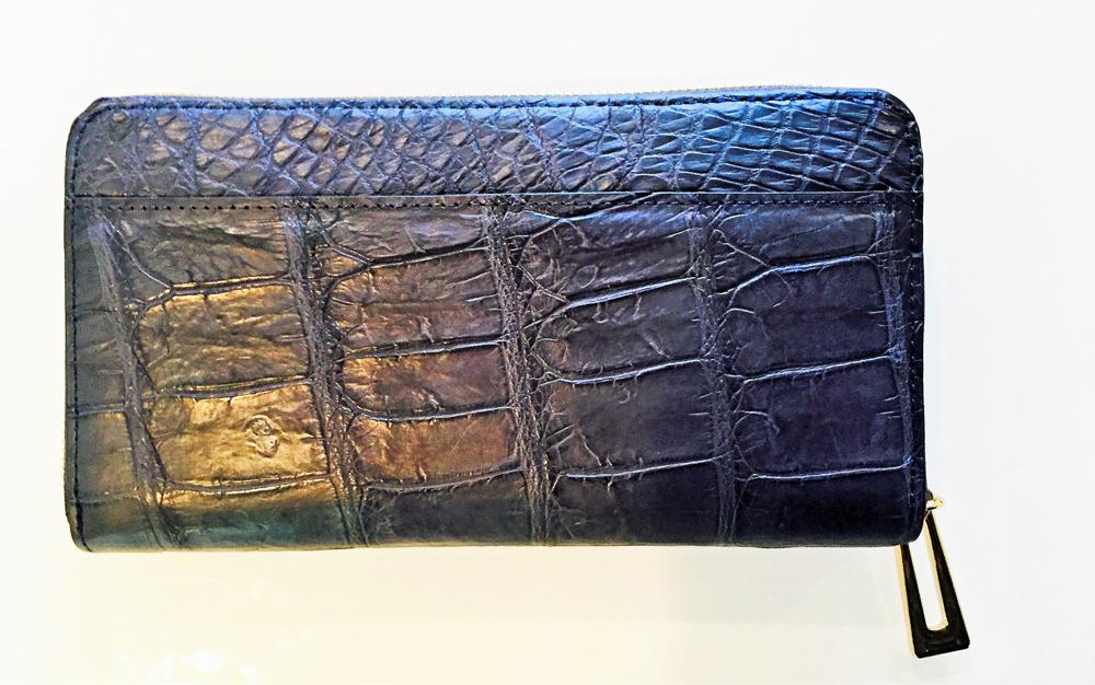 定番 スタイリッシュなクロコダイル財布 お守り付 贈り物としてプレゼントとしてスタイリッシュなクロコダイル財布 送料無料サイフ 新品未使用正規品