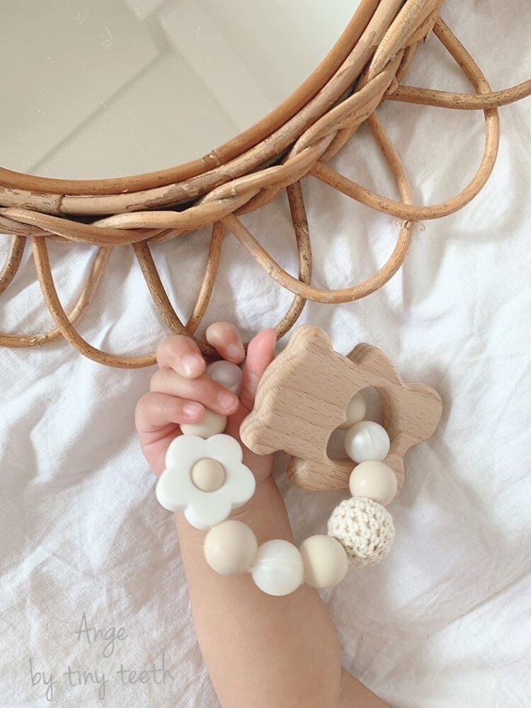 。・。・★歯固め★・。・   出産祝い、お誕生日の贈り物にオススメです。 *歯固め*Tiny Teeth