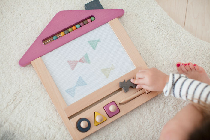 数量有限的推出新 gg * (梁咏琪) oekaki 房子 (绘图的房子) 绘图木板 (oekaki 板) 新宝宝生日礼物最受欢迎的益智玩具 ♪ 圣诞节树玩具 (涂鸦板 oekaki 板)