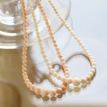 優しい色、絶妙な長さ、シンプルだけどこだわりのネックレスはプレゼントに最適♪【日本製】【楽ギフ_包装選択】【05P30May15】★3.5~8.5mm玉珊瑚のシンプルネックレス