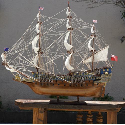 木製帆船模型サイズ:170 150 贈答 62 長さ 高さ 幅 ソブリン.オブ.ザ.シーズ号 青 Lサイズ 推奨 帆船模型