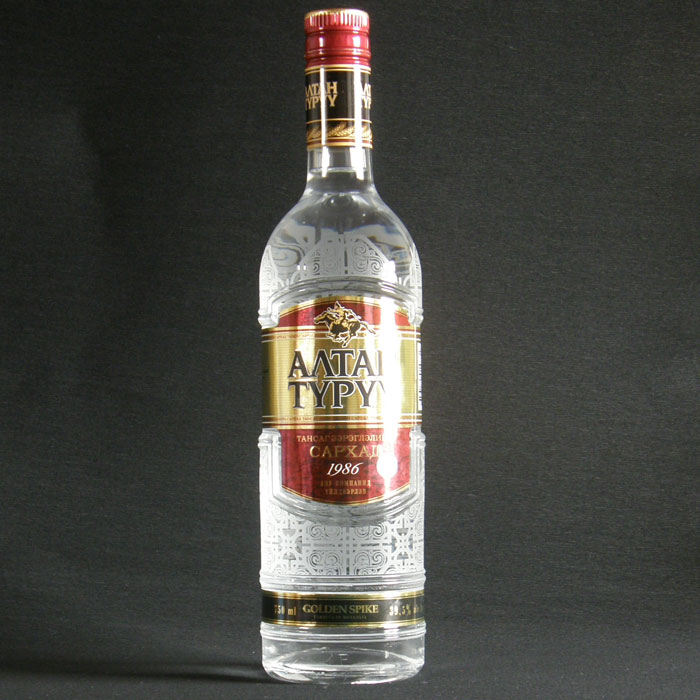 Mongolian vodka Altan Tru Turuu Altan (Golden Spike) 750 ml 39.5 degrees vodka Rakuten No. 1 Salt 50g付 when is no box.