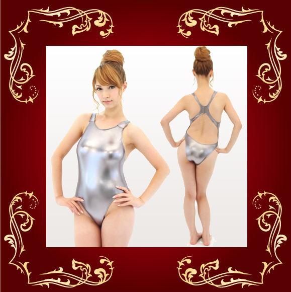 萌萌古装戏有点不一样的有金属特性的游泳服装游泳衣