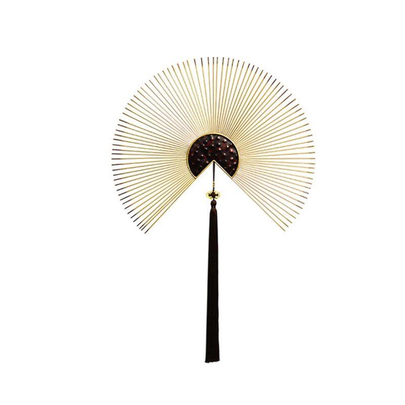 壁掛けオブジェ 鉄製の扇子 中国風 長い房付き (大)