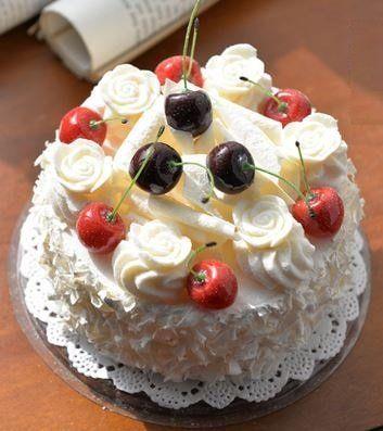 食品サンプル ホールケーキ チェリー 生クリーム