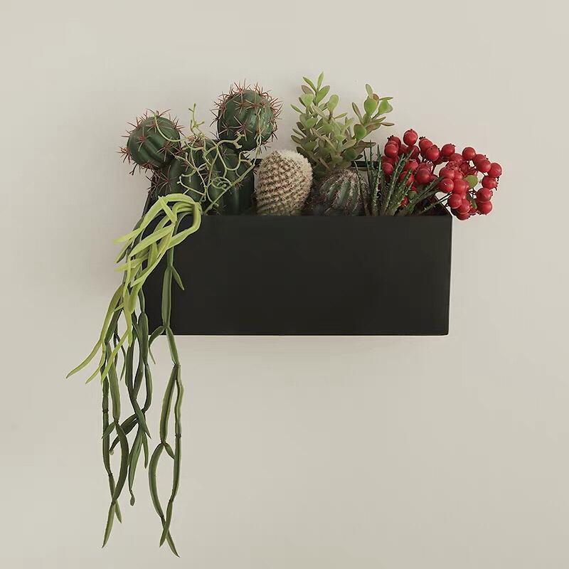 壁掛けオブジェ フェイクグリーン リアルなサボテンと多肉植物 植木鉢入り (ブラック 大)