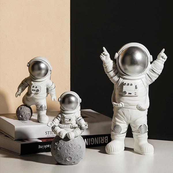 置物 おちゃめな宇宙飛行士 ユニーク シルバー (3個セット)