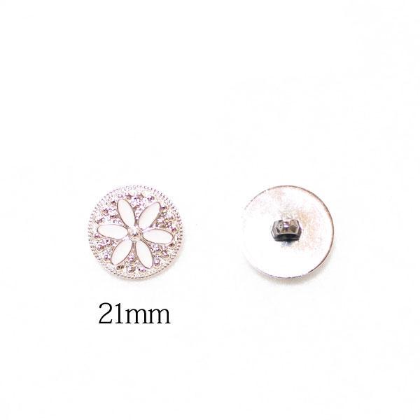 It is ♪ flower plastic plating button broach / handicrafts / corsage /  accessories / U K -like / bijou / flower / white / gold / 業販 / wholesale