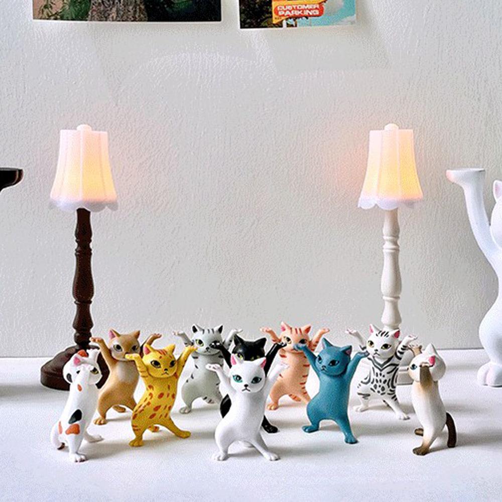 おもちゃ 文房具 猫 子猫 フィギュア 猫フィギュア プレゼント用 新商品 韓国インテリア 韓国カフェ インテリア プレゼント 飾り カフェ風 可愛い猫フィギュア 一部予約 返品送料無料 装飾 デスク飾り 飾り付け 猫人形 人形